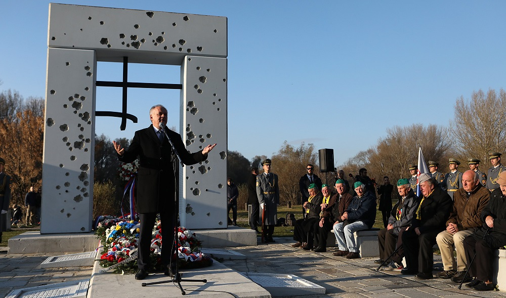 Prezident: 17. november je najvýznamnejší deň našej modernej histórie