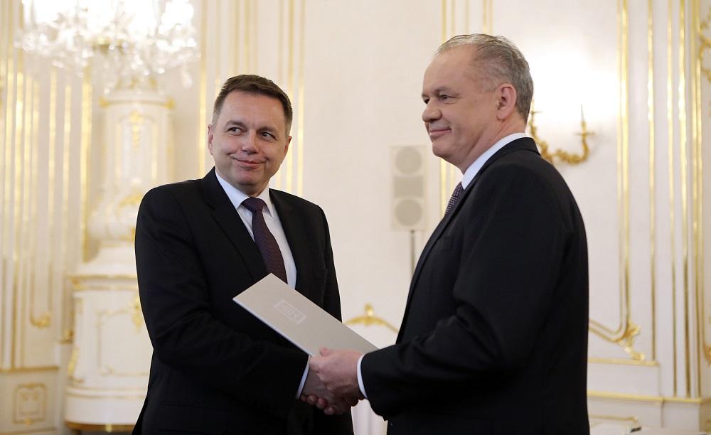 Prezident vymenoval Petra Kažimíra za guvernéra Národnej banky Slovenska