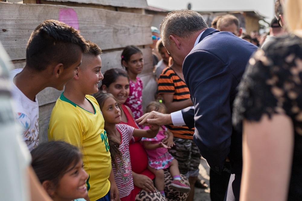 Andrej Kiska v Moldave: Na rómsku tému treba podpredsedu vlády