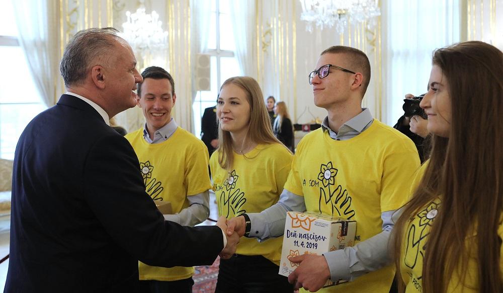 Prezident prijal dobrovoľníkov Dňa narcisov