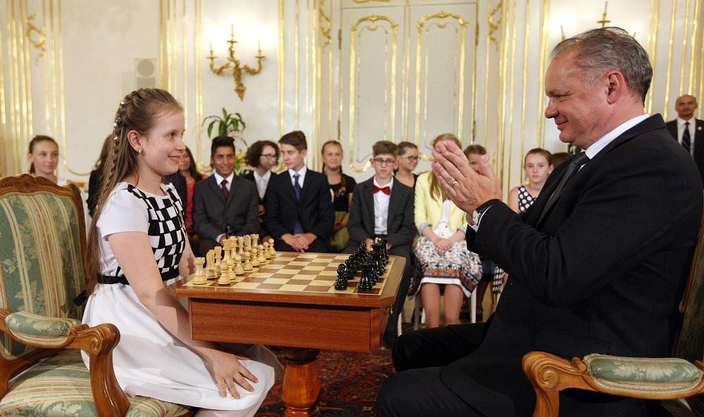 Desaťročná šachová majsterka vyhrala nad prezidentom