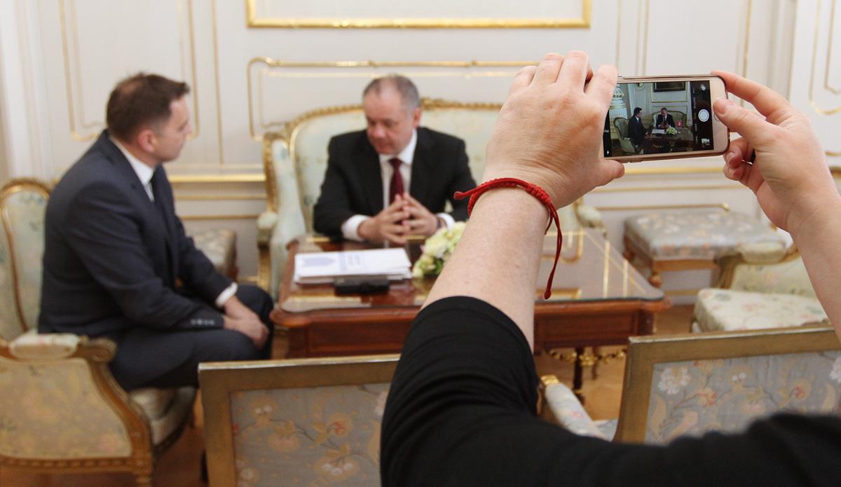 Kiska na stretnutí s Kažimírom podporil výzvu ekonómov