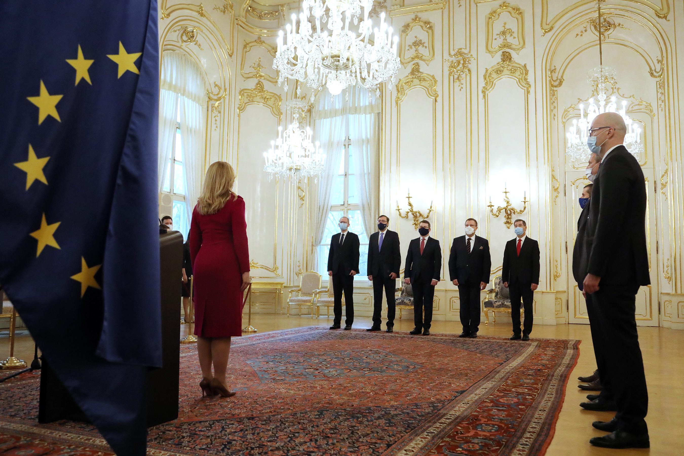 Slovensko má nových veľvyslancov v USA, Rusku aj v Spojenom kráľovstve