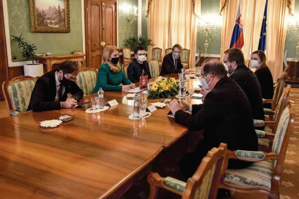 Prezidentka hovorila s rektormi o zákone o vysokých školách