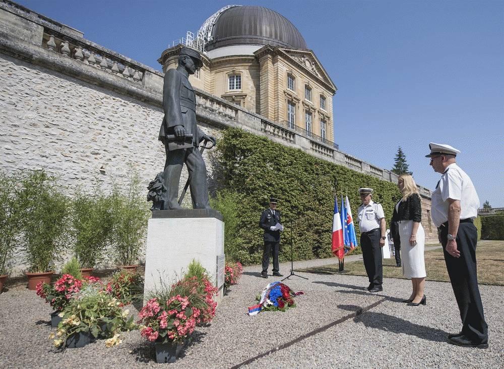 Prezidentka položila veniec pri pamätníku M. R. Štefánika vo Francúzsku