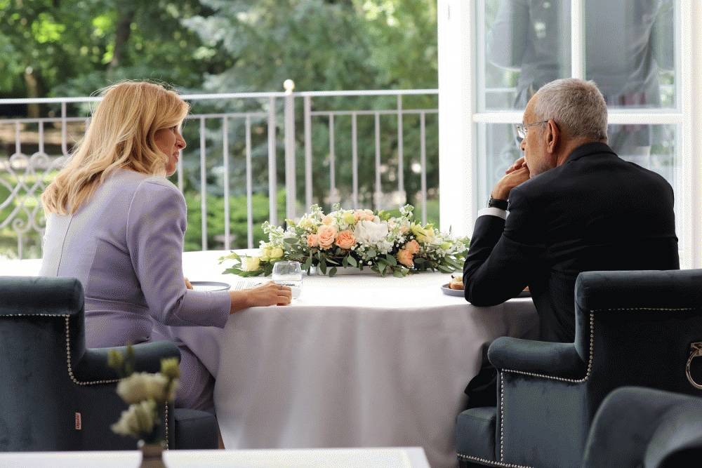 Prezidentka privítala Alexandra Van der Bellena v rodnom Pezinku