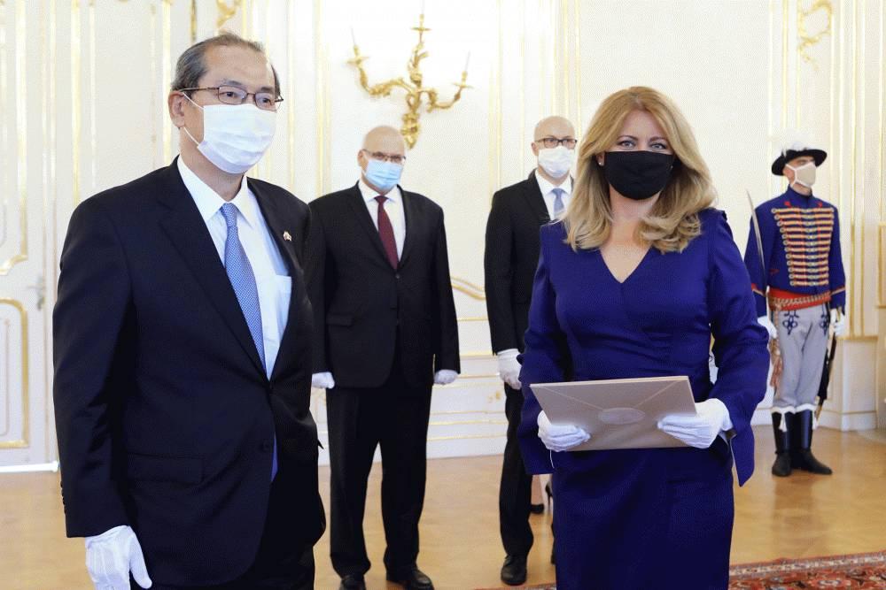 Prezidentka prevzala poverovacie listiny od troch veľvyslancov
