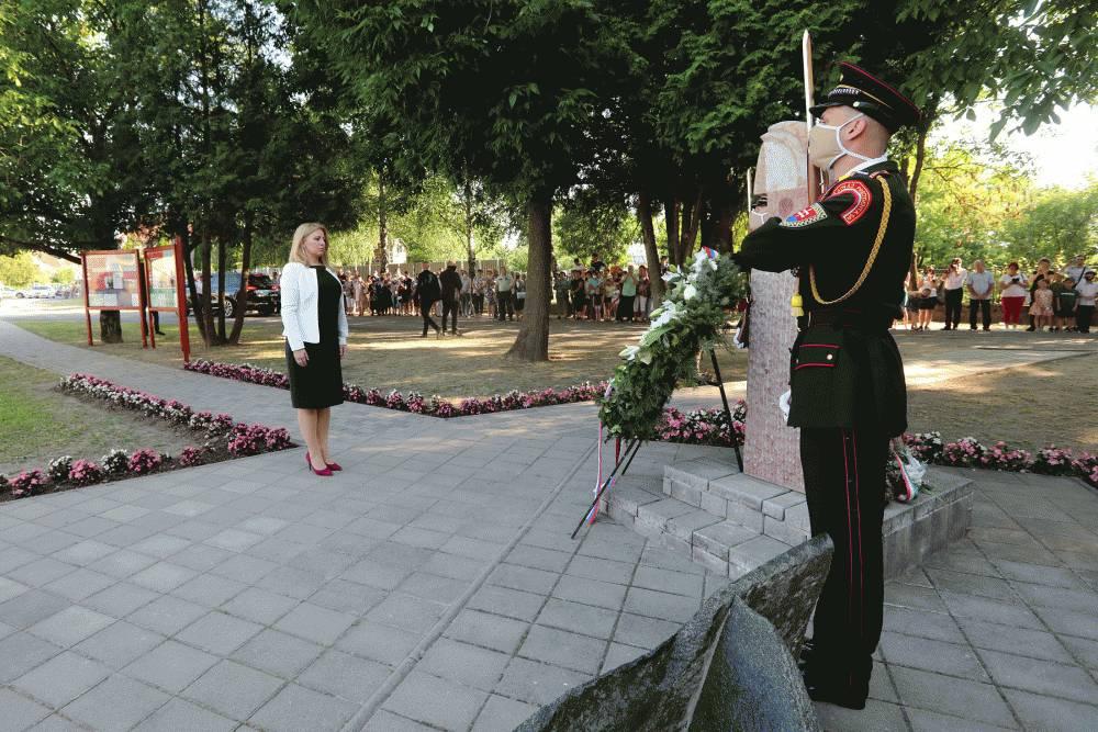 Prezidentka si uctila pamiatku odvlečených na nútené práce