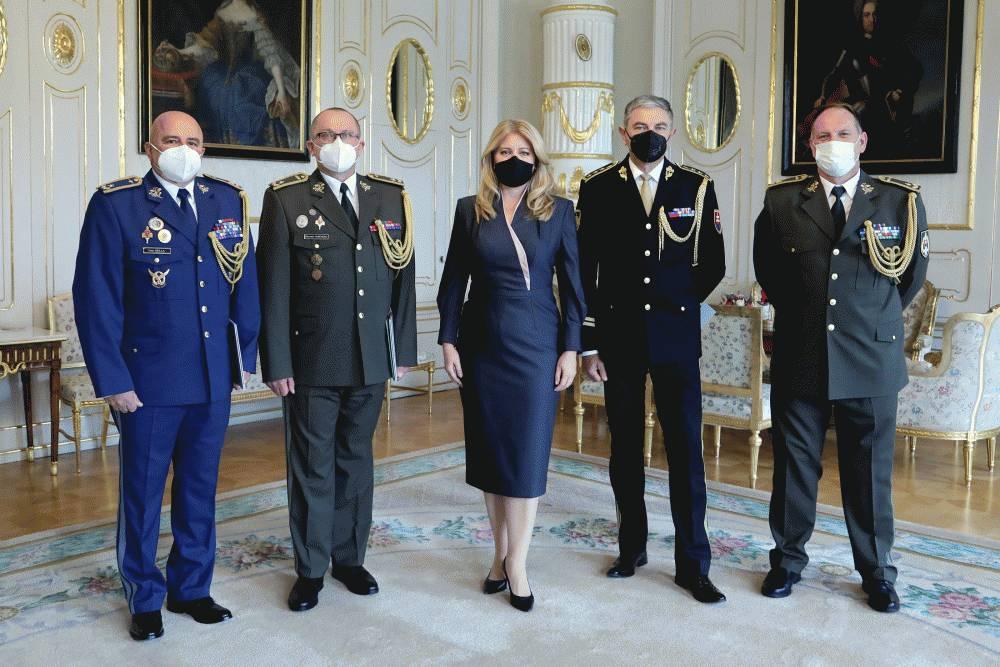 Medzi novými generálmi Ozbrojených síl SR je aj kozmonaut Ivan Bella
