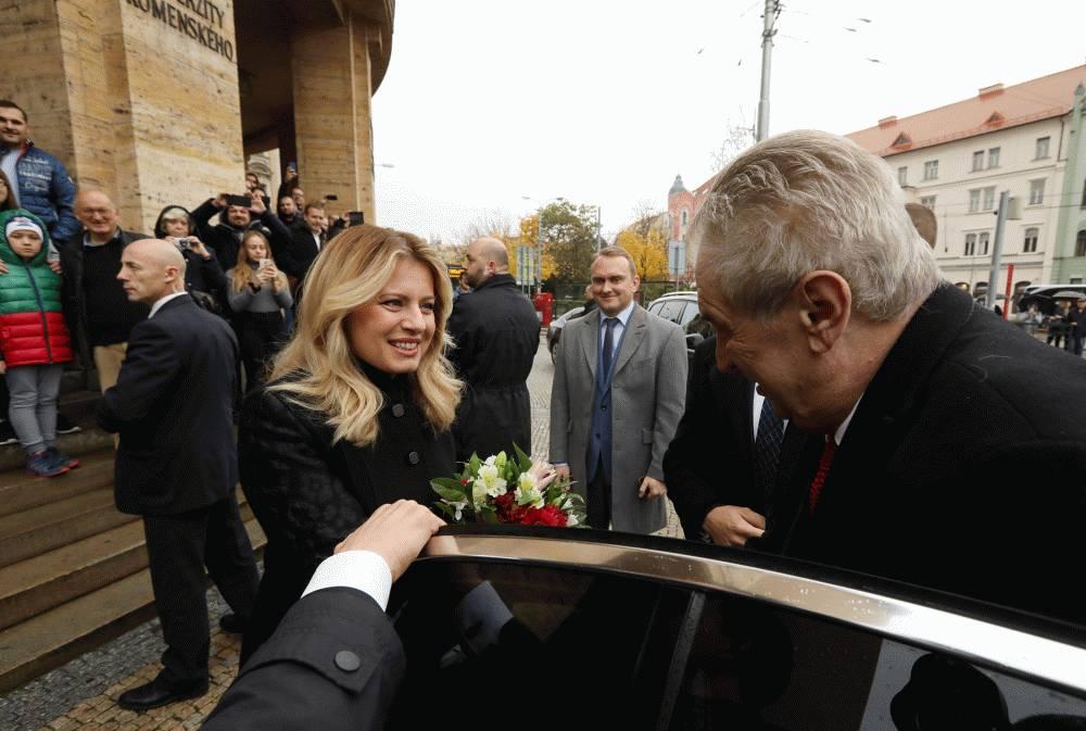 Zuzana Čaputová a Miloš Zeman otvorili Český dom