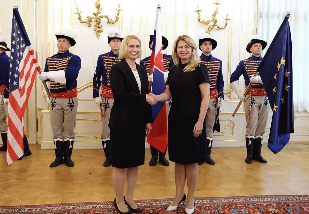 Nová americká veľvyslankyňa sa stretla s prezidentkou