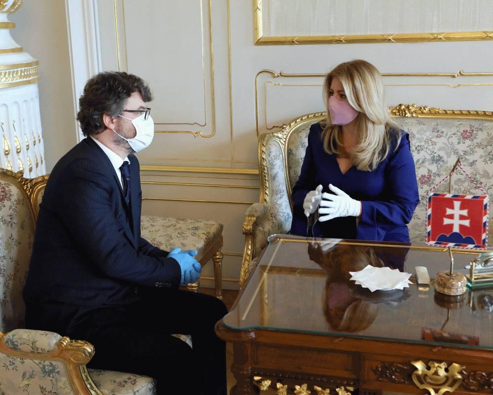 Prezidentka diskutovala so Š. Holým o kvalite legislatívneho procesu