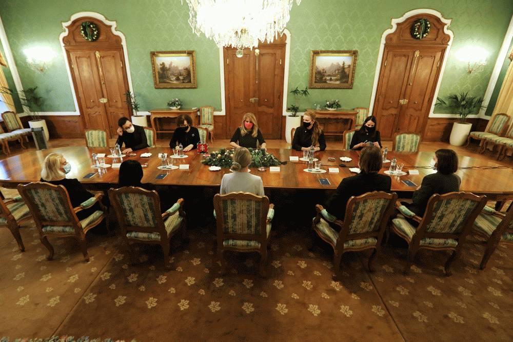 Prezidentka: Mnohí prepadli systémom štátnej pomoci