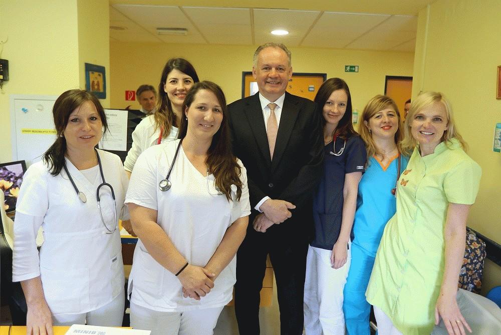 Prezident navštívil Centrum pre liečbu cystickej fibrózy pre deti