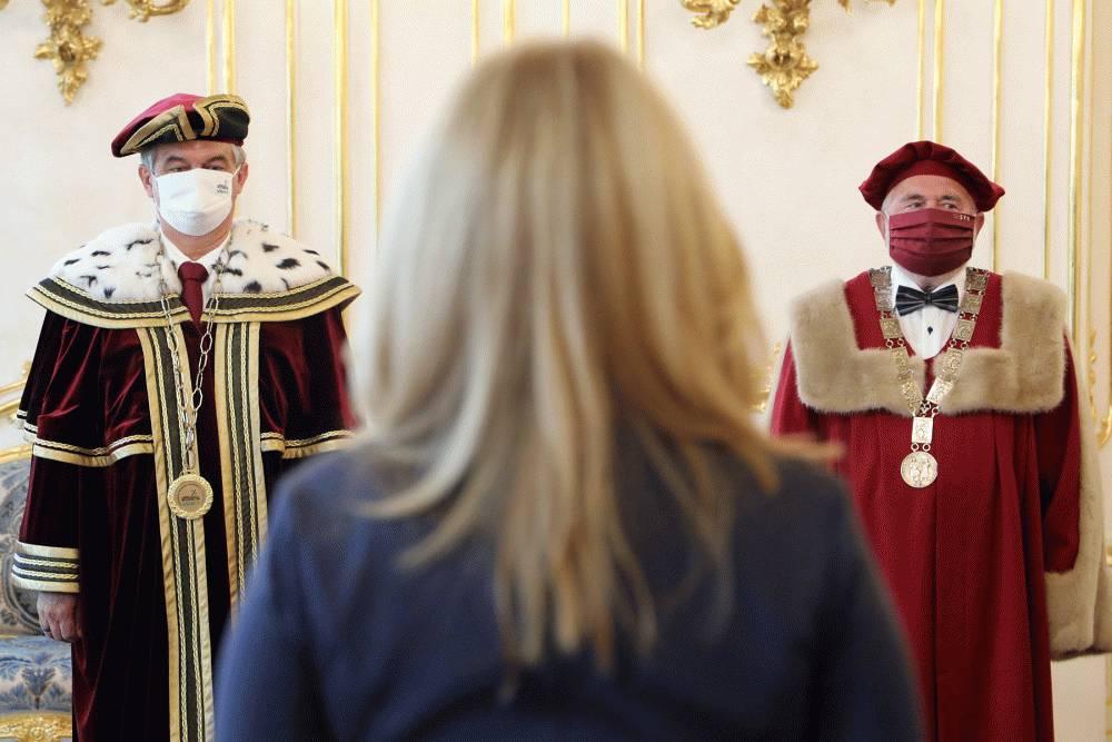 STU a VŠEMVS majú nových rektorov