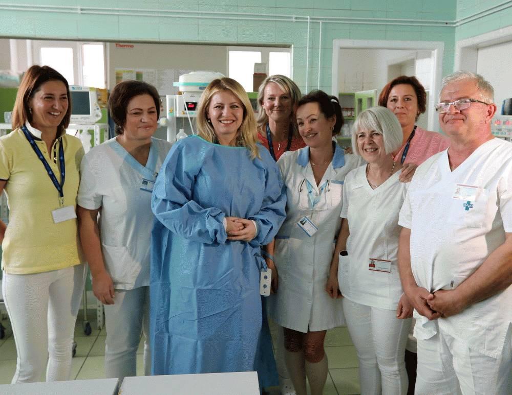Prezidentka v Martine navštívila lekársku fakultu aj nemocnicu