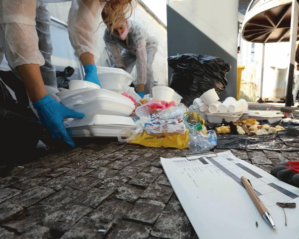 Prezidentská kancelária sa aj naďalej snaží eliminovať množstvo odpadu