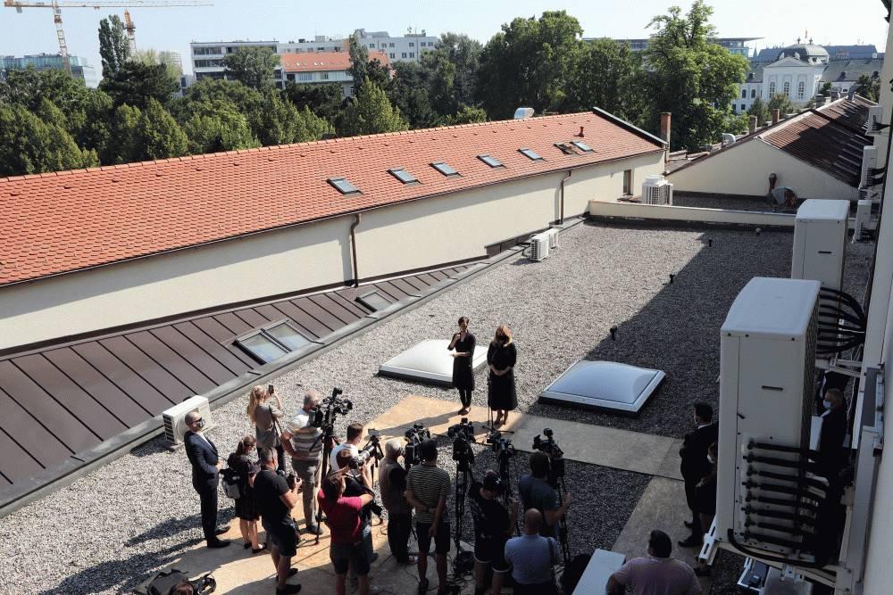 Prezidentka predstavila plán uhlíkovo neutrálnej kancelárie