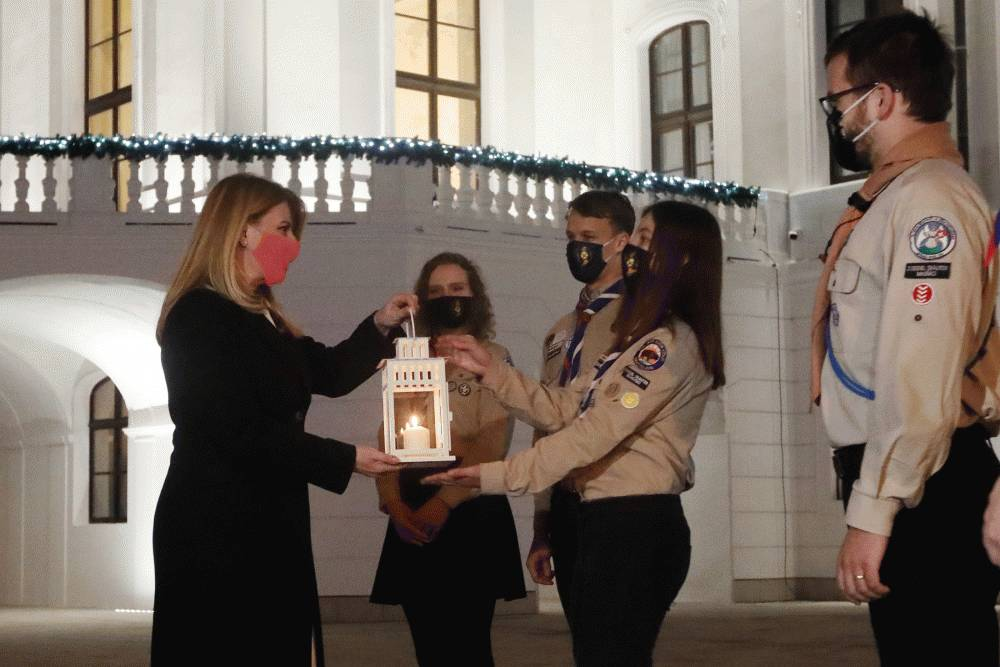 Betlehemské svetlo znova svieti aj v Prezidentskom paláci