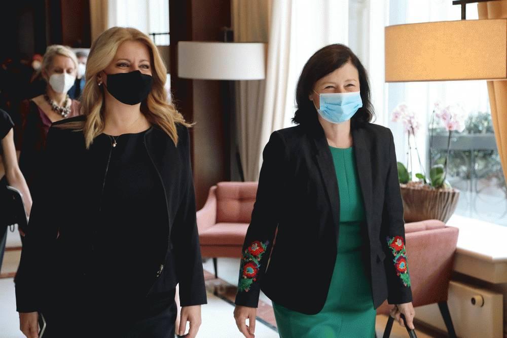 Prezidentka diskutovala v Bruseli s Věrou Jourovou o právnom štáte