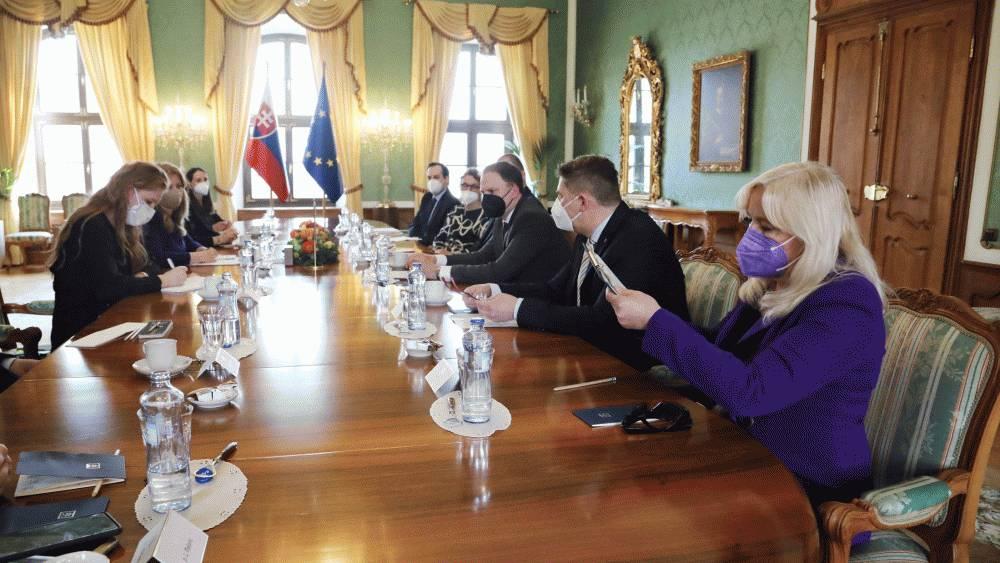 Prezidentka s odborníkmi diskutovala o dopadoch pandémie