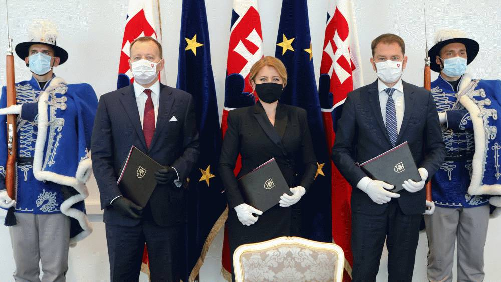 Slovakia's highest officials sign the Europe Day declaration