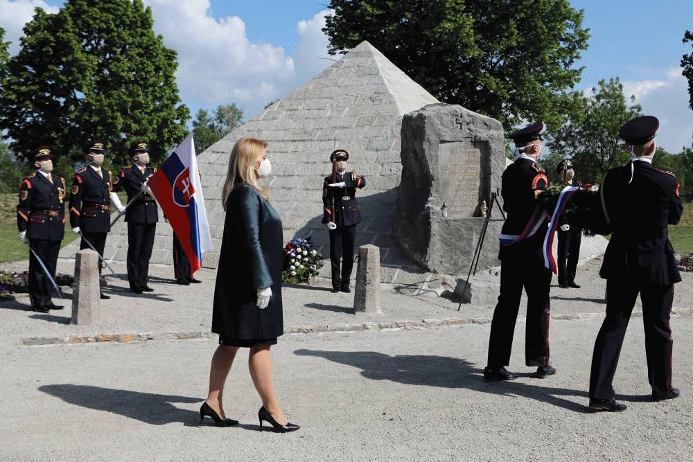 The President Honoured the Memory of M. R. Štefánik