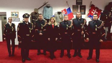 Prezidentka prišla pozdraviť Čestnú stráž