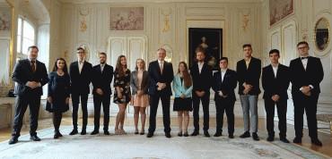 Andrej Kiska prijal finalistov Eseje 2019