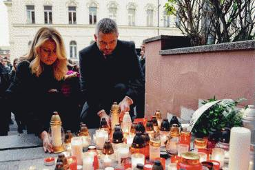 Prezidentka si uctila pamiatku obetí tragickej nehody pri Nitre