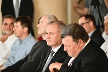 Prezident si uctil spomienku Antona Srholca